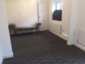 A SUPER STUDIO APARTMENT LOCATED WITHIN EASY ACCESS TO HEATHROW AND HOUNSLOW INCLUDES BILLS