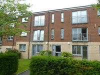 Two bedroom, UNFURNISHED, second floor flat, on a quiet cul de sac just off Maryhill Road.