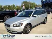 2005 Volvo V50 T5 AWD - LEATHER/SUNROOF