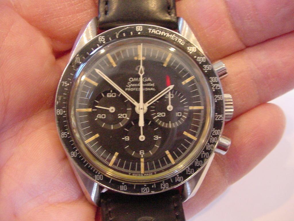 ORIGINAL 1969 OMEGA SPEEDMASTER CHRONOGRAPH PREMOON WATCH 145.022 68SP Nr MINT! - watch picture 1