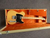 Fender USA '52 re-issue Telecaster, great condition! Comes with case & candy