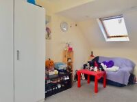 *LOVELY DOUBLE LOFT BEDROOM For Rent in South Harrow / Rayners Lane - London