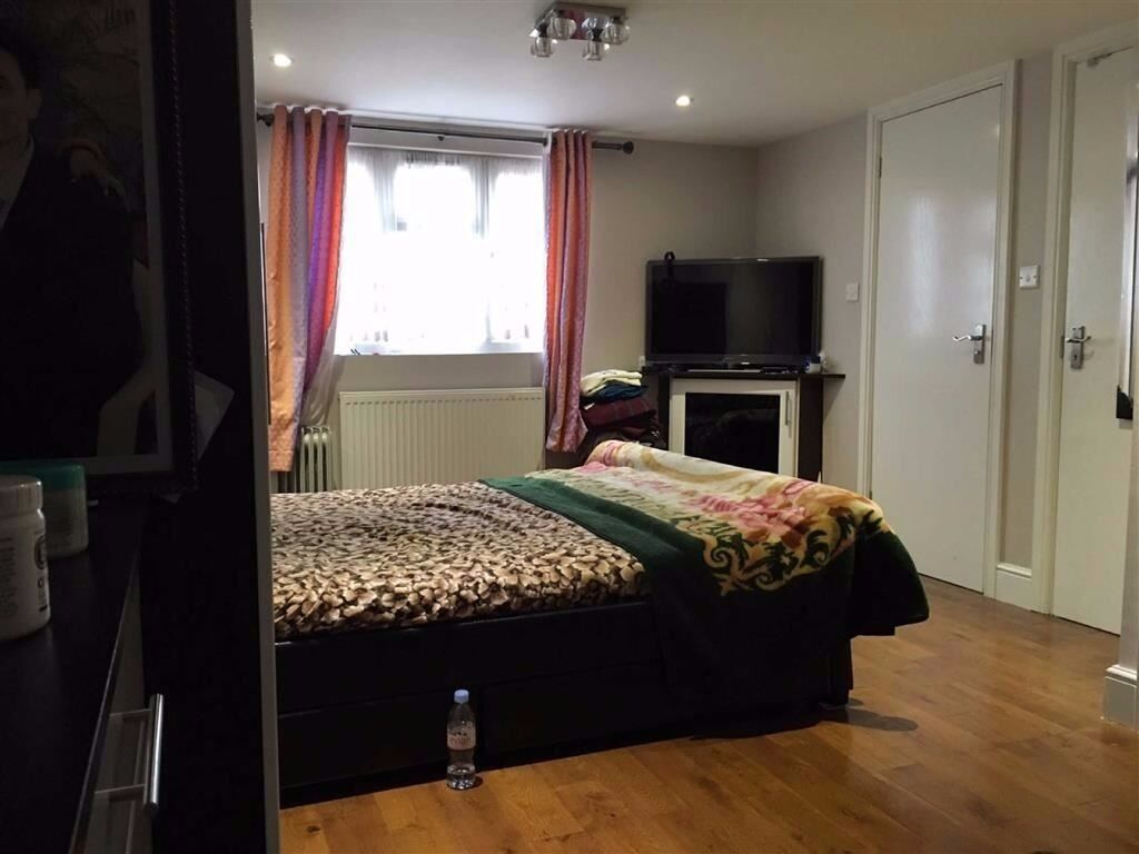 Two bedroom maisonette house available in Stanmore