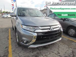 2016 Mitsubishi Outlander SE | ONE OWNER | AWD | 7PASS | HEATED