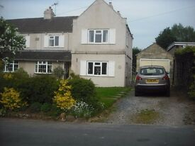 Double or single bedroom available in large spacious semi in Collingham