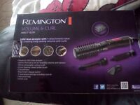 Remington volume and curl styler. 1000 watt with 4 attachments