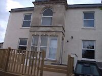 1 bed luxurious flat to rent with private garden in Stokes Croft £900 pcm