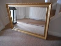 Mirror with gilt frame in excellent condition £20