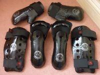 TAEKWON-DO DOJANGS Sparring Kit - Foam Kickers, Punches, Shin Protectors (TAEKWONDO )