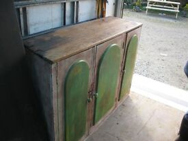 VINTAGE ORNATE SOLID PINE 'GOTHIC' STYLE - DESIGN SIDEBOARD. IDEAL PAINTED PROJECT. VIEW/DELIVERY