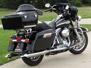2003 harley-davidson FLHT Electra Glide  100th Anniversary  ONLY London Ontario image 2