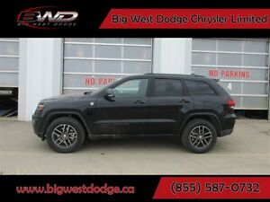2017 Jeep Grand Cherokee Trailhawk Hemi Loaded