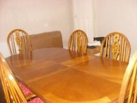 Solid-Oak-Extending-dining table and 6 chairs Unusual-design
