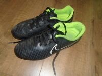 Nike size 5 Football boots good condition