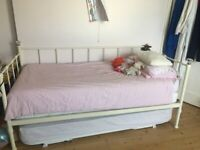 Ivory Single day bed