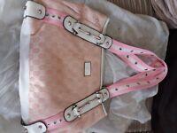 Pink & White Gucci handbag Unused in cloth bag