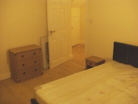 double room in a 4 bedroom house share