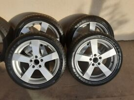 **Price reduced** 4 x 17 inch Alloy Wheels to fit Mercedes - Mint Condition