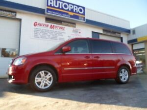 2015 Dodge Grand Caravan Crew  THIS ONE HAS IT ALL!!