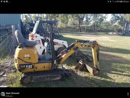 Earthmoving Combo Mini Bobcat Digger and Truck