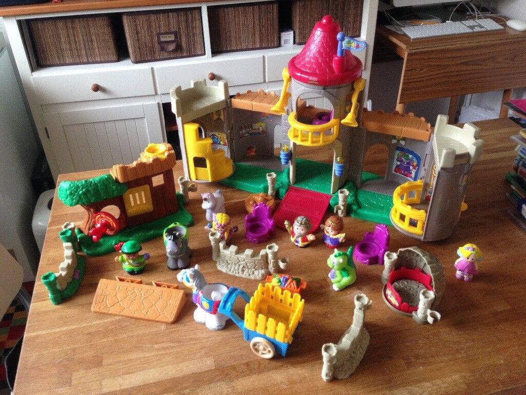 Fisher Price Little People Medieval Castle