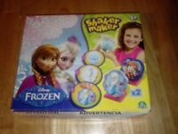 Frozen Shaker Maker – To Make Decorations - New in box