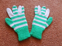 New Hand Knitted Gloves