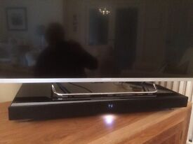 SONY HT-XT1. ONE BOX HOME THEATRE SYSTEM WITH BUILT IN SUBWOOFER. EXCELLENT CONDITION
