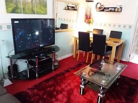 Rent to room In luton ( just for ladies)