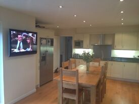 Lovely room available in stunning house in Jesmond, available from March 19th, £500 pcm inc bills