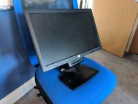 """HP LA2006X Monitor 20"""" Great Condition"""