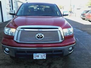 2012 Toyota Tundra Limited 5.7L CrewMax 4WD