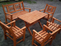 a set of solid garden furniture (6 pieces)