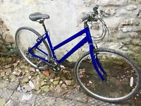 Apollo cx10 hybrid bike 21 gears 18 inch aluminium frame 28 inch wheels