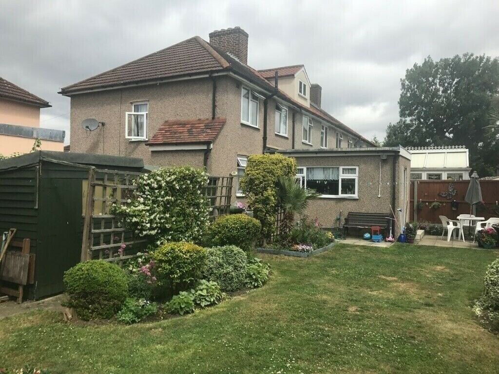 Cool Beautiful 3 Bedroom House To Let In Dagenham Rm9 5Ll Good Part Dss Welcome In Dagenham London Gumtree Home Interior And Landscaping Synyenasavecom
