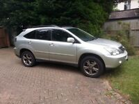 Lexus RX400h Hybrid SUV Fantastic drive but needs new Li on battery