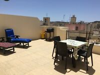 Modern Holiday Rental Penthouse-Central Bugibba Malta 2 Mins From The Sea (BBQ+Fully AC+Free WIFI)