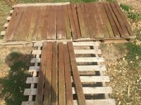 34x Wooden Decking Picket Fence Uprights