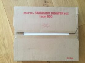 Brand new Howdens kitchen pan drawer 600mm