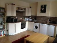 2 bedroom flat in City Road, Cardiff, CF24