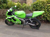 Kawasaki ZX9R Ninja in green, 24200 miles with 12 months MOT. Good condition standard bike.