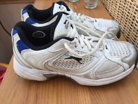 Cricket shoes, slazenger size 5. Worn but good condition