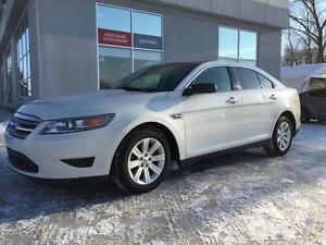2011 Ford Taurus SE **une seul taxe ** demarreur a distance