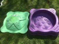 Small plastic sandpit/ paddling pool