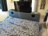 King size 32inch 3d tv bed