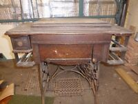 Singer type sewing Machine with working treadle table - 'New Ideal' brand c. 1900