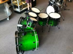 Ludwig Element green fade 8-10-12-14ft-16ft-22x18-22x18 used-usagé