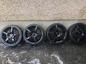 "17"" Oxigin black alloy wheels"