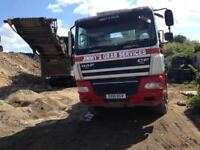 8 Wheeler grab lorry