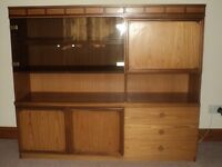 G-PLAN TEAK DISPLAY UNIT RETRO/VINTAGE 1973 (43 YEARS OLD) VERY NICE CONDITION LOTS OF STORAGE SPACE